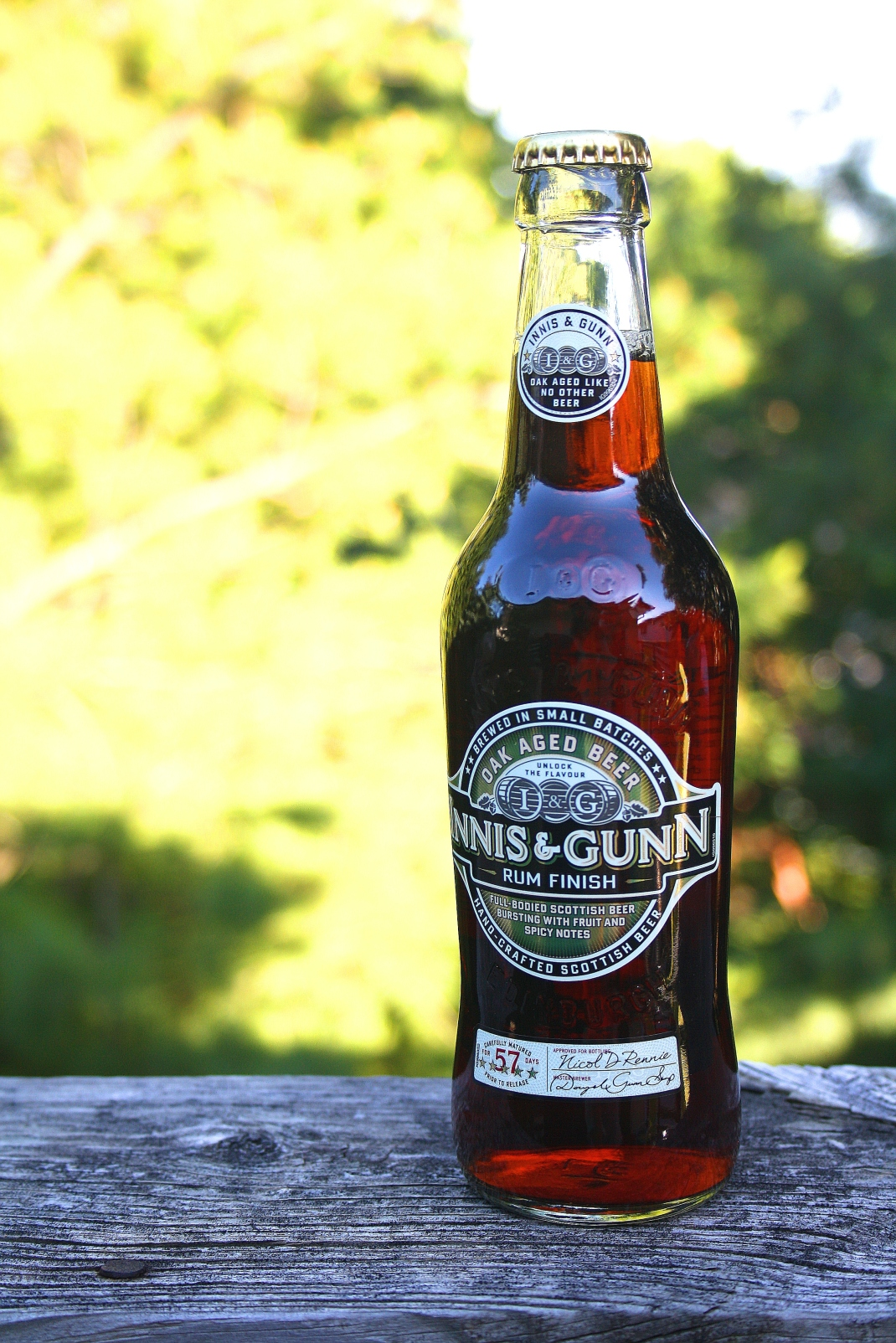 Innis and Gunn, one of my favourite brews - always nice on the deck after a long day at work.
