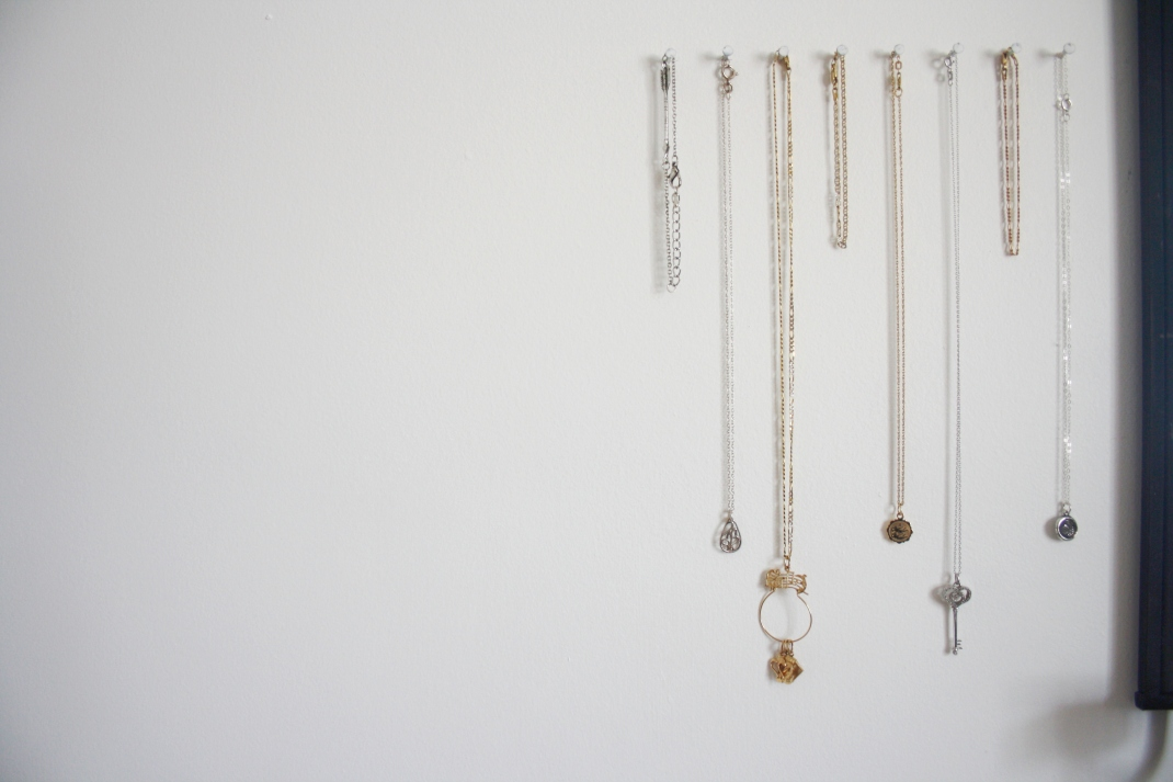 Dainty necklace hanger!
