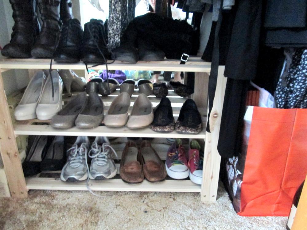 Shoe levels.