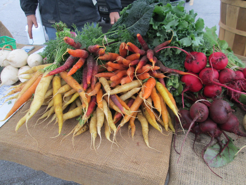 Gorgeous heirloom carrots at one of the last outdoor markets of the season.