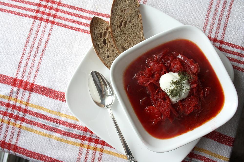 red-velvet-borscht3