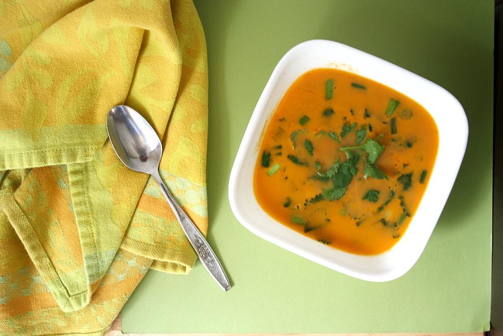 thai-coconut-curry-soup-1