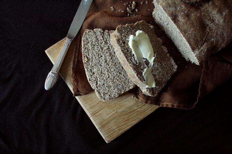 spelt_flax_bread_1