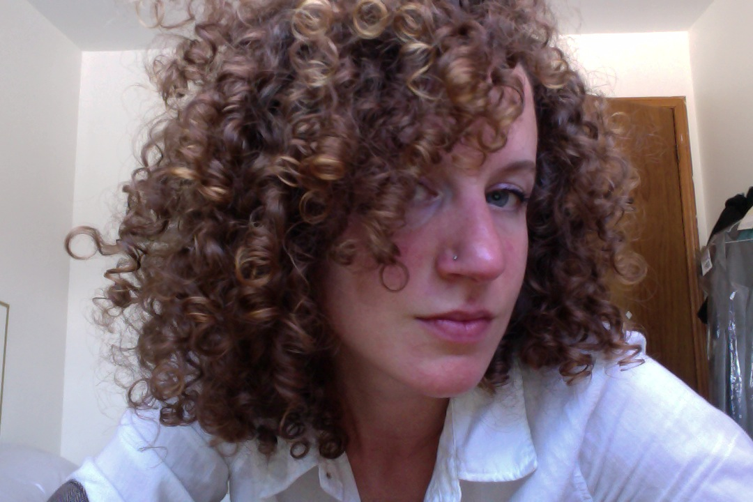 Mehndi For Curly Hair : My first henna gloss the diary of a curly girl