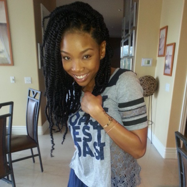 26750478a0ae11e2be0d22000a9f14df_7 600x600 Brandy Rocking Some Medium Sized Marley Twists